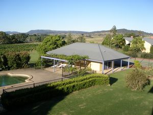 Tranquil Vale Vineyard - Perisher Accommodation