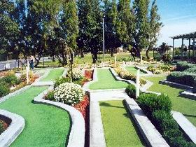 West Beach Mini Golf - Perisher Accommodation