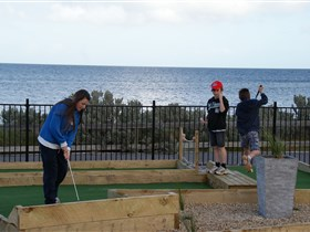 Port Vincent Putt Putt - Perisher Accommodation