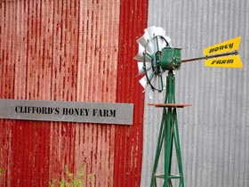 Clifford's Honey Farm - Perisher Accommodation
