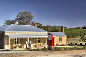 Two Hands Wines - Perisher Accommodation