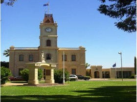 Discovering Historic Kadina Town Walk - Perisher Accommodation