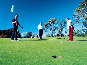 Huon Heights Public Golf Course - Perisher Accommodation
