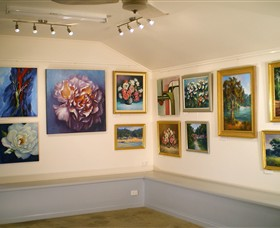Ros McArthur Art Studio - Perisher Accommodation