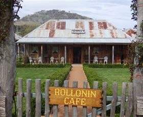 Rollonin Cafe - Perisher Accommodation