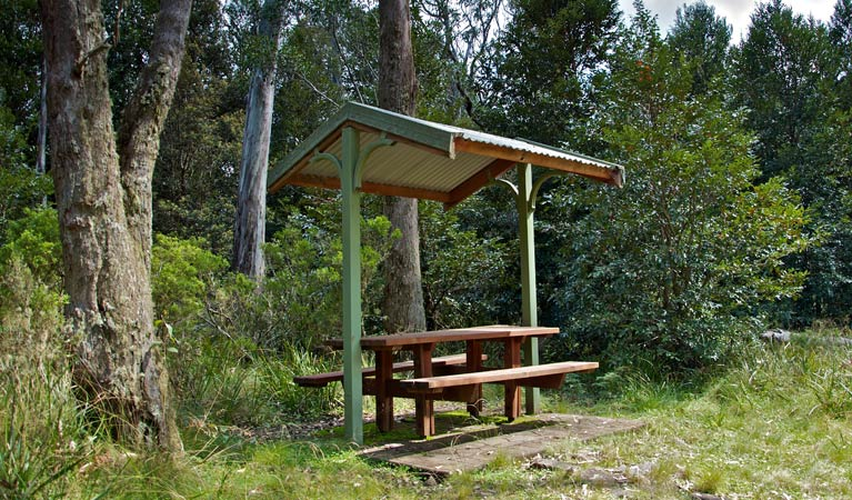 Devils Hole lookout walk and picnic area - Perisher Accommodation