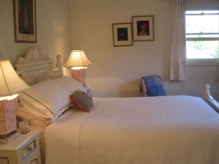 Trafalgar Bed and Breakfast and Annie's cottage - Perisher Accommodation