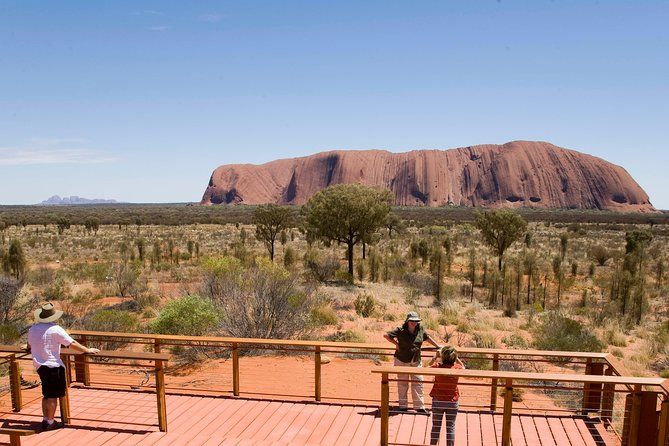 Uluru Small Group Tour including Sunset - Perisher Accommodation