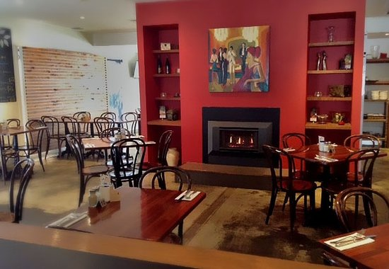 RED Wine Bar and Bistro - Perisher Accommodation