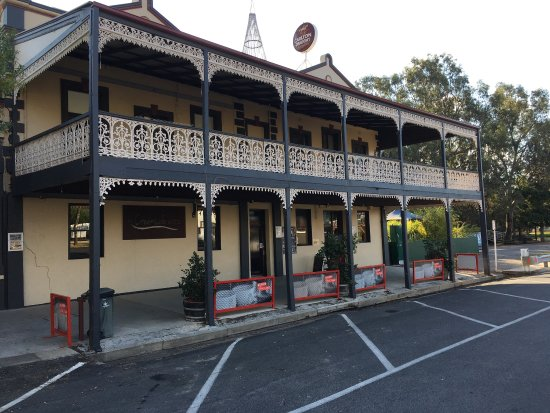 The Creekside Hotel - Perisher Accommodation