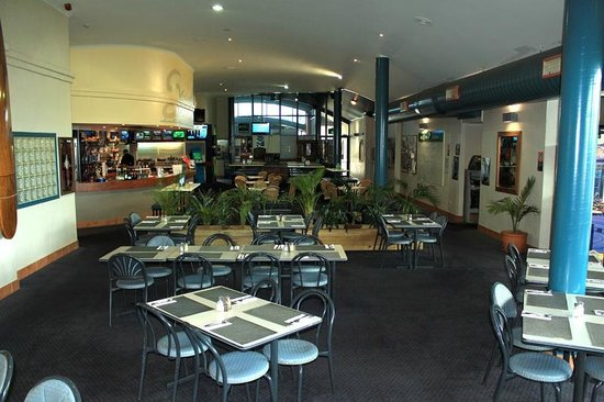 The Family Bistro at The Golden Sands Tavern - Perisher Accommodation