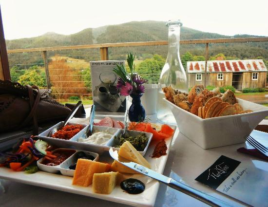 Hartzview Vineyard Cafe - Perisher Accommodation