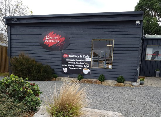 Gallery Artspaces  Cafe - Perisher Accommodation
