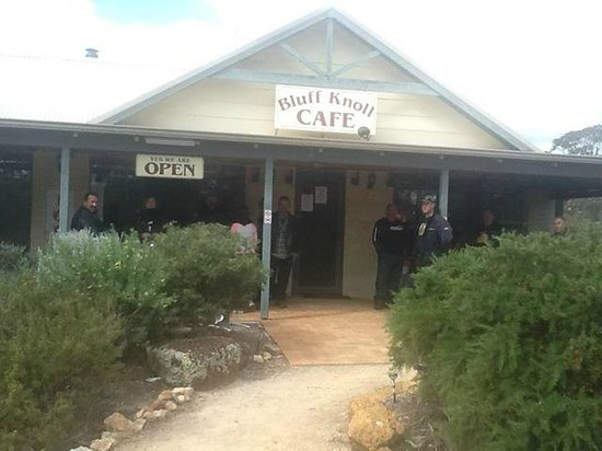 Bluff Knoll Cafe - Perisher Accommodation
