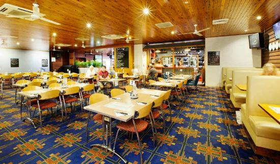 Coutts Commercial Tavern - Perisher Accommodation