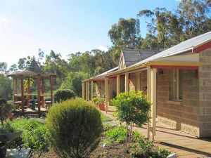 Riesling Trail  Clare Valley Cottages - Perisher Accommodation