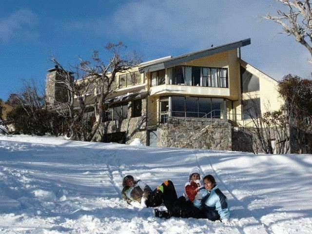 Snowy Gums Chalet - Perisher Accommodation
