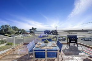 The Rotunda  Gerroa - Pet Friendly Beachfront - Perisher Accommodation