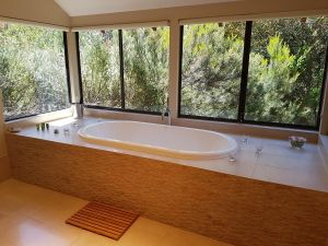 Jarrah Grove Forest Retreat - Perisher Accommodation