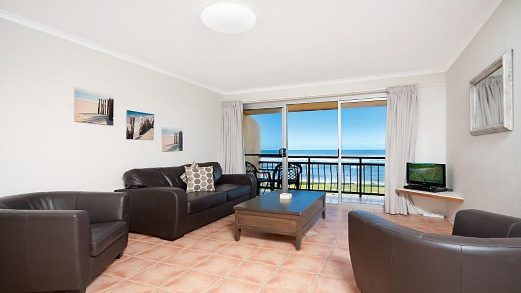 10T Beachfront Apartments - Perisher Accommodation