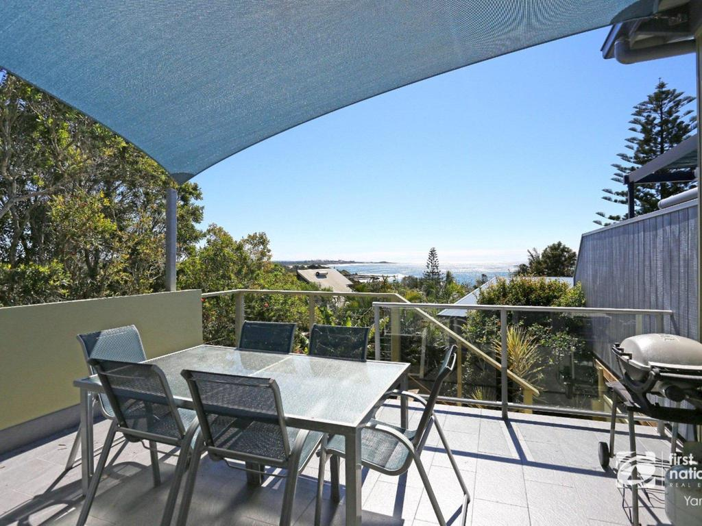 Angourie Blue 1 - Great Ocean Views - Surfing beaches - Perisher Accommodation